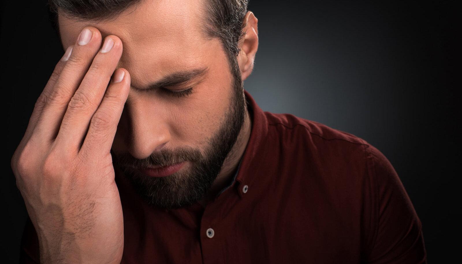Uhise haiguse nutmine voi valu liigestes kondides trepist