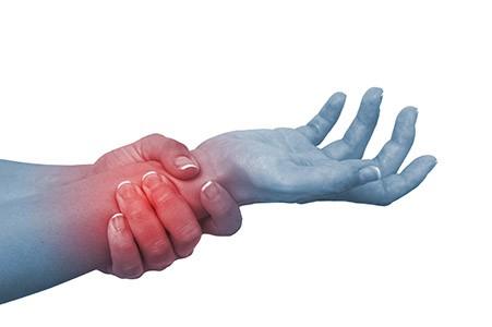 Keskmise sormega liigese vigastus Hangige liigeste olad
