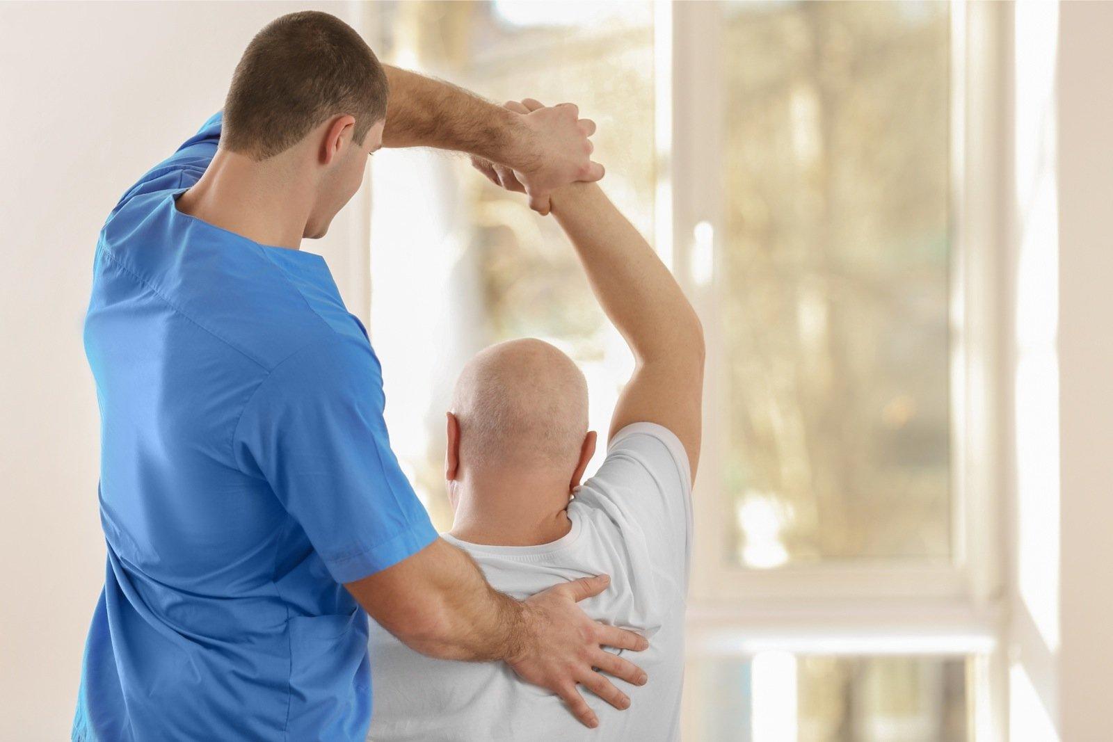 Valu kate liigestes eakatel