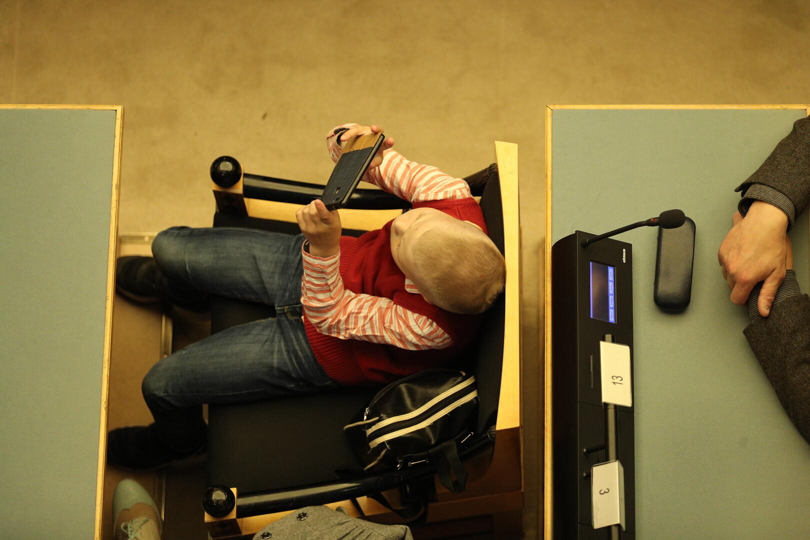 Magusad liigesed ja jasemed Kuidas ravida tosiseid suu valu