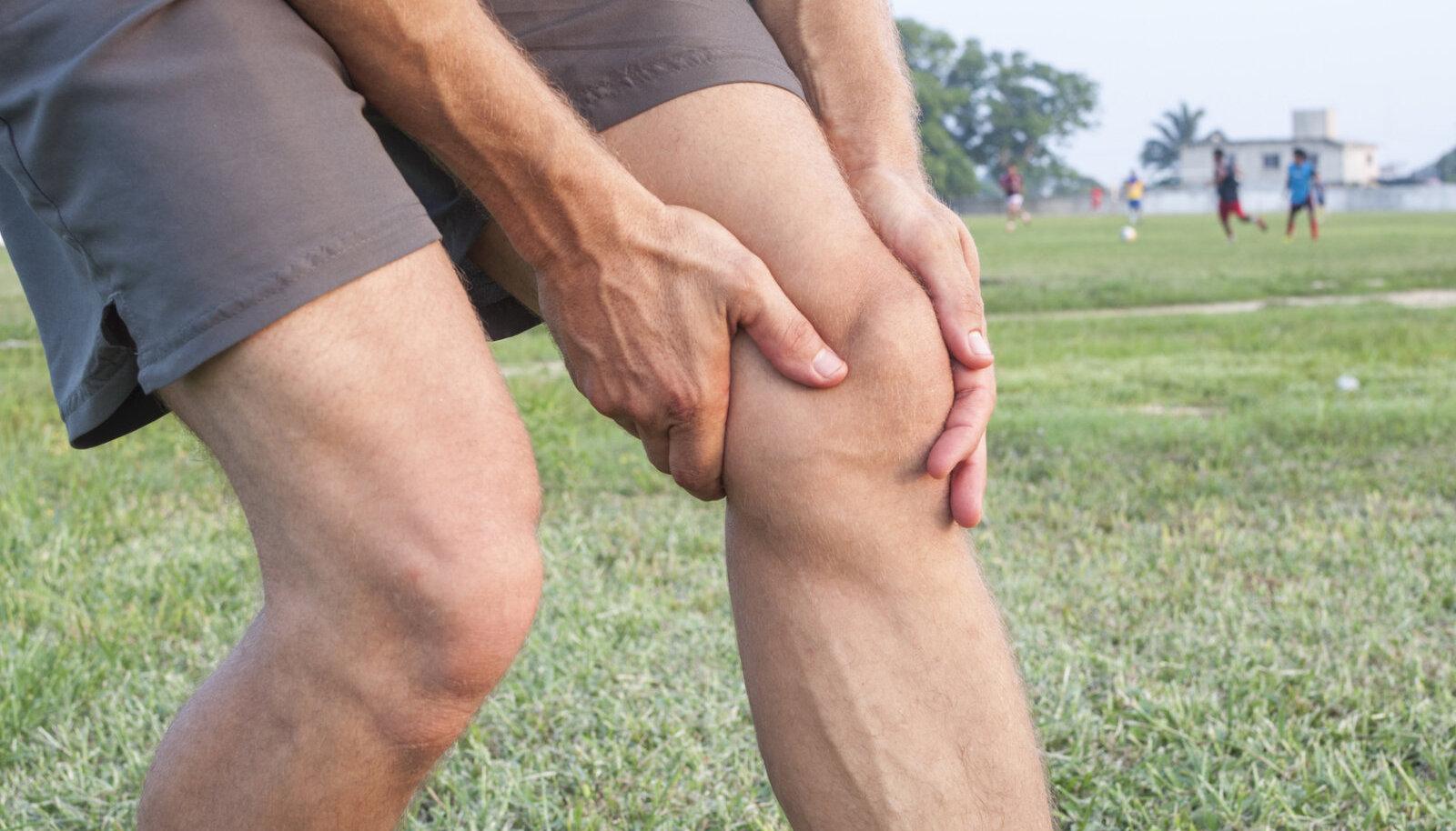 Agenemine artroosiga